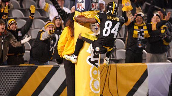 NFL cambia políticas que castigan celebraciones de touchdown