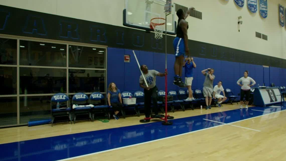 Nascar Racing Games >> Zion's vertical leaves his Duke teammates in awe - ESPN Video