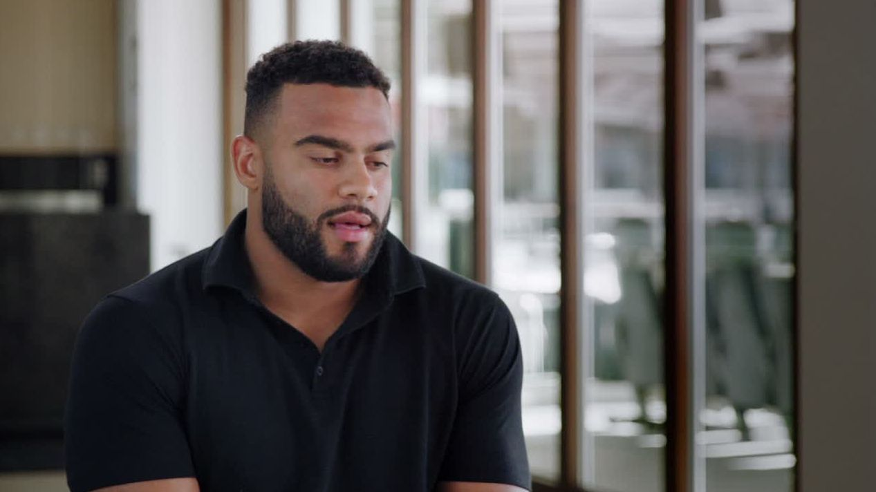 Solomon Thomas plays for his sister