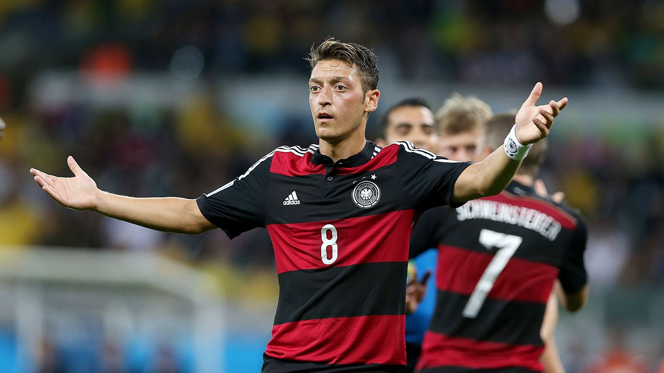 Mesut Ozil uses World Cup bonus to pay for Brazilian kids operations