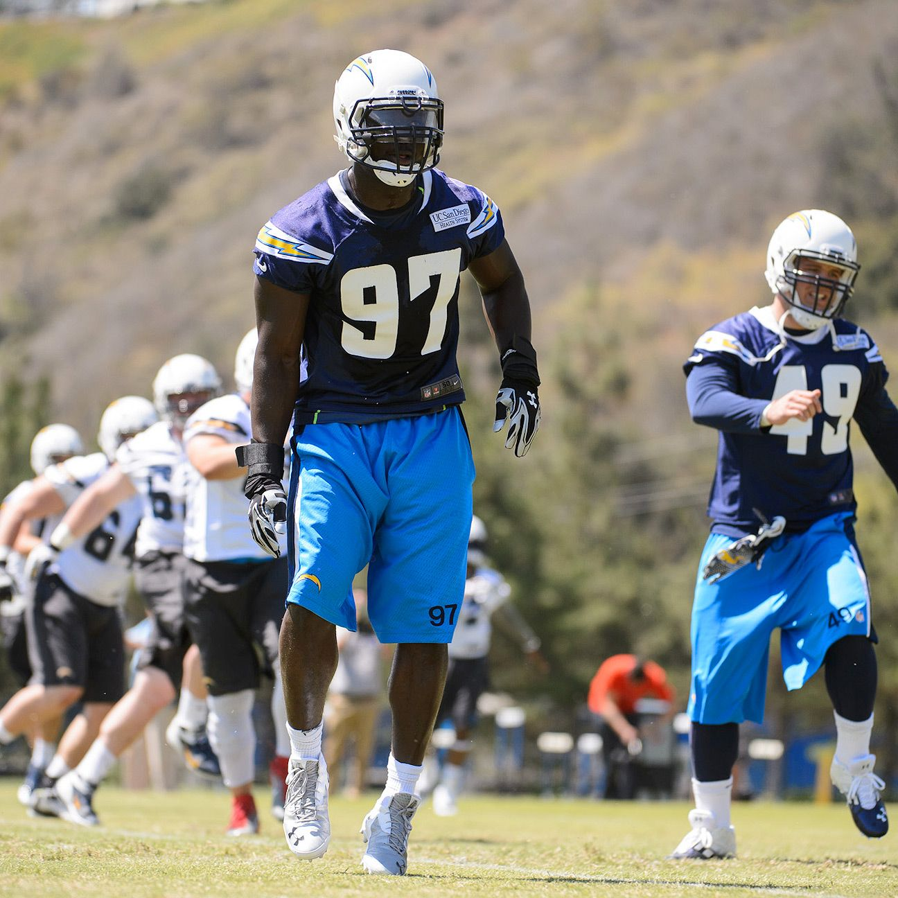 San Diego Chargers Blogs: San Diego Chargers' Jerry Attaochu Developing Into Every