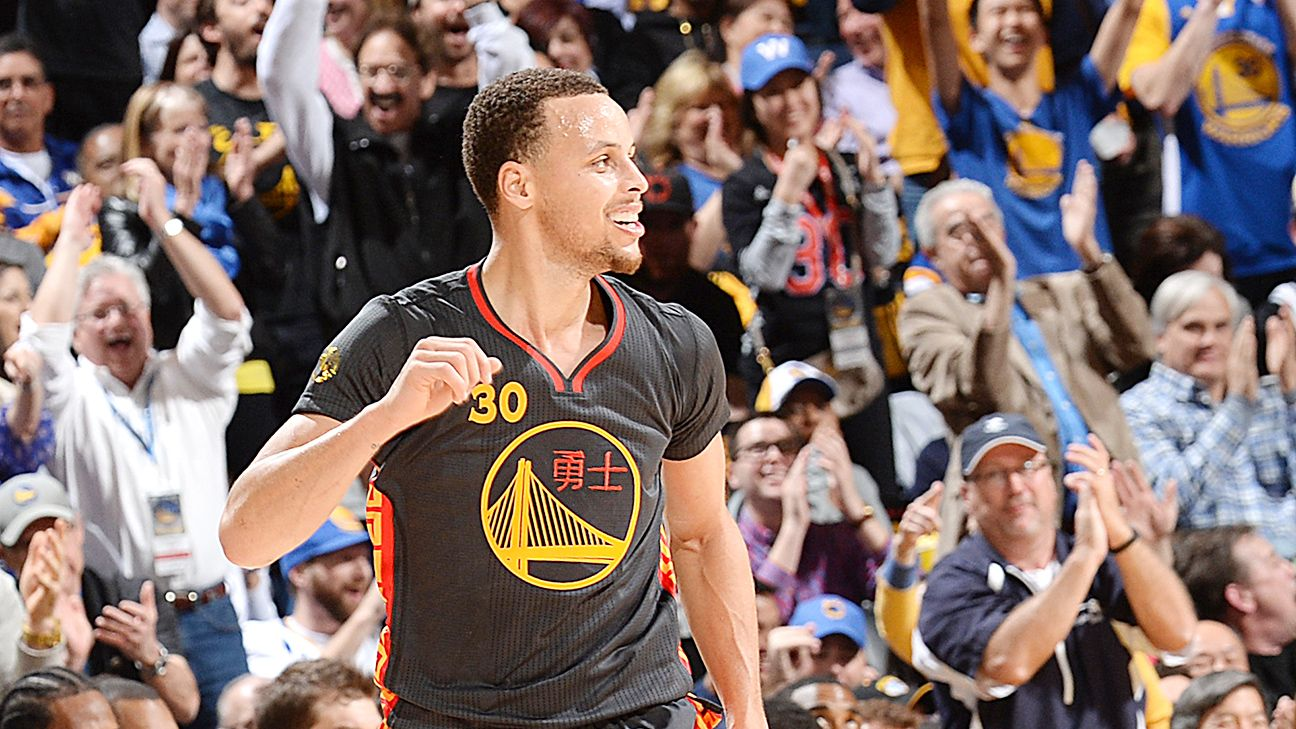 After regular beatings, Warriors top champs - Golden State ...