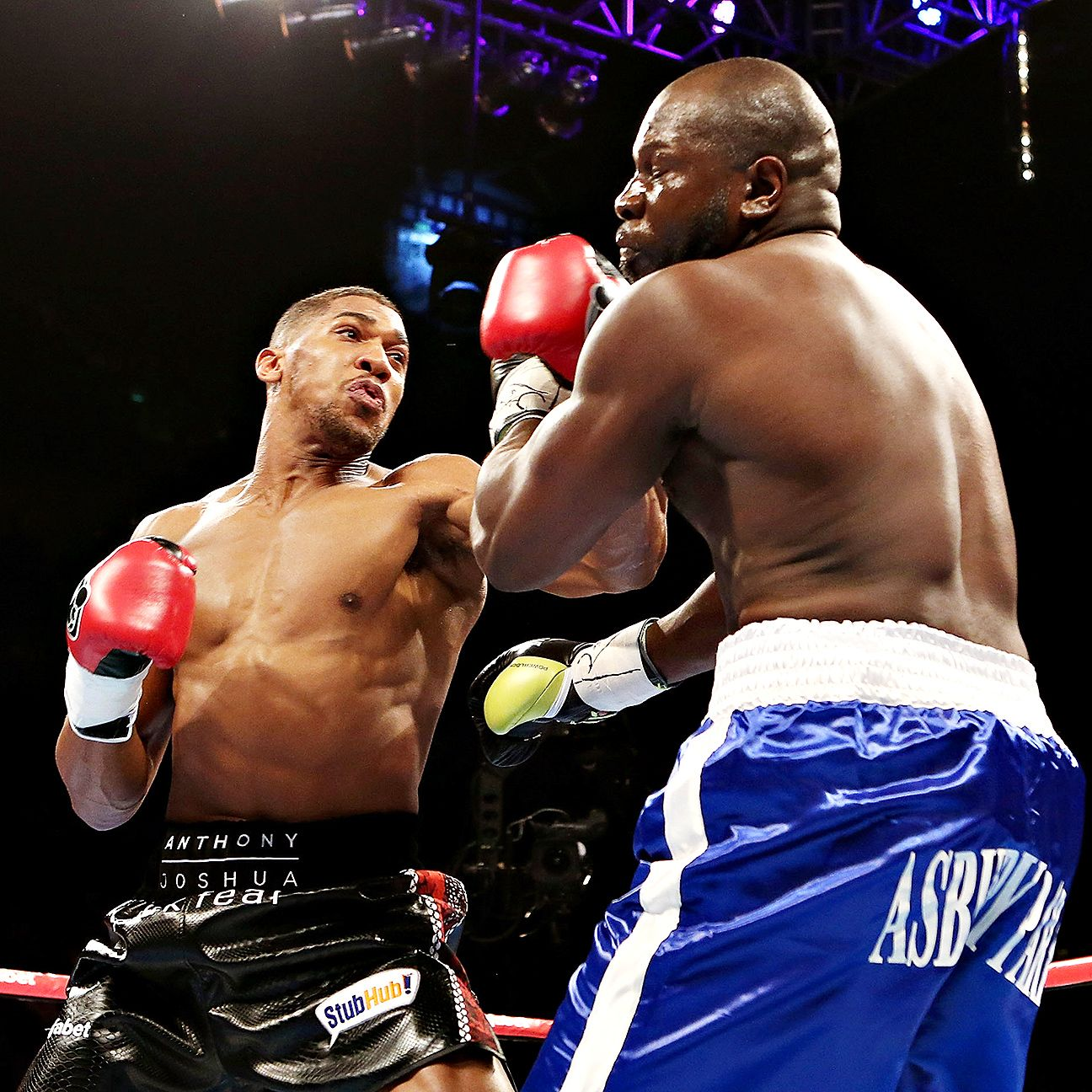 Anthony Joshua Wants To Knock Out Tyson Fury And Take His