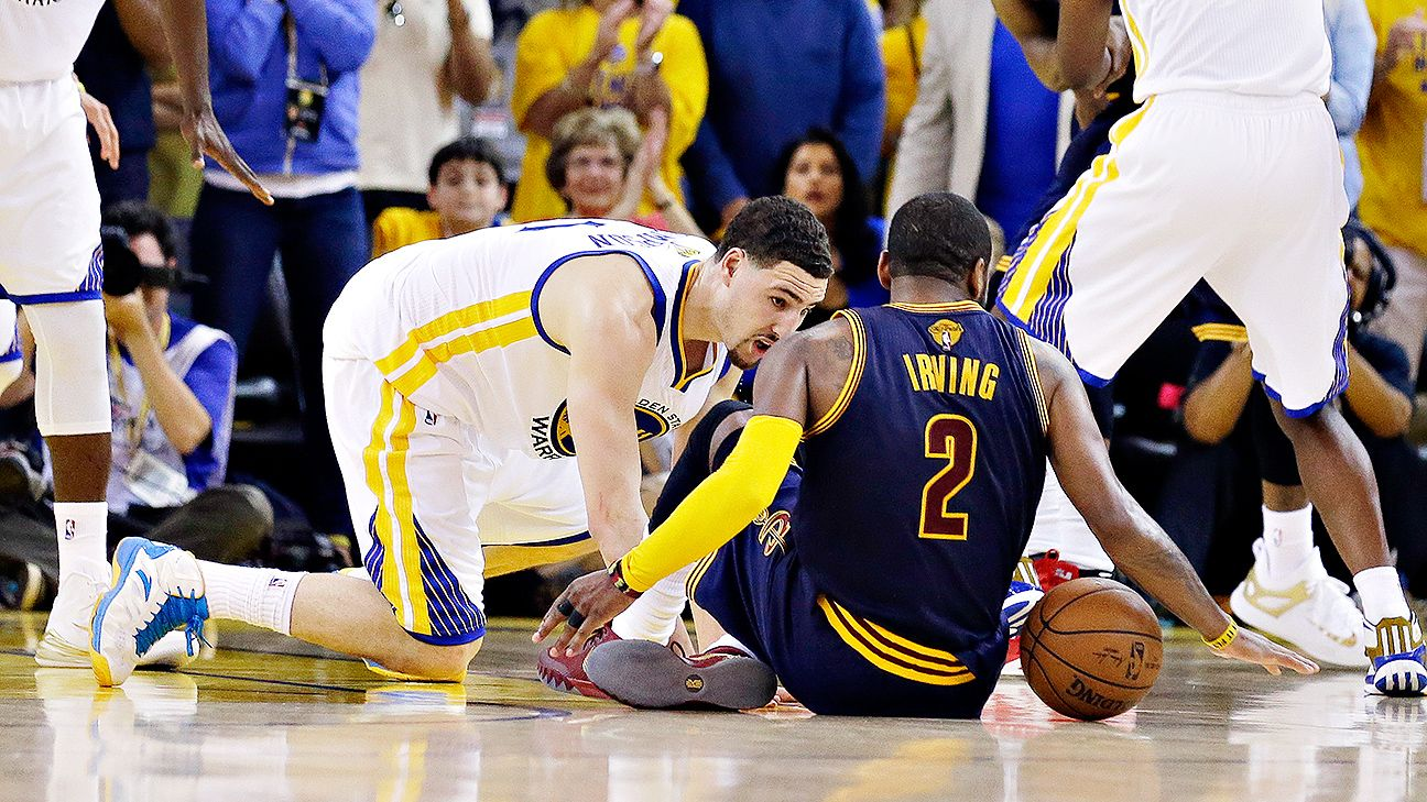 Kyrie Irving of Cleveland Cavaliers fractures kneecap, will have season-ending surgery