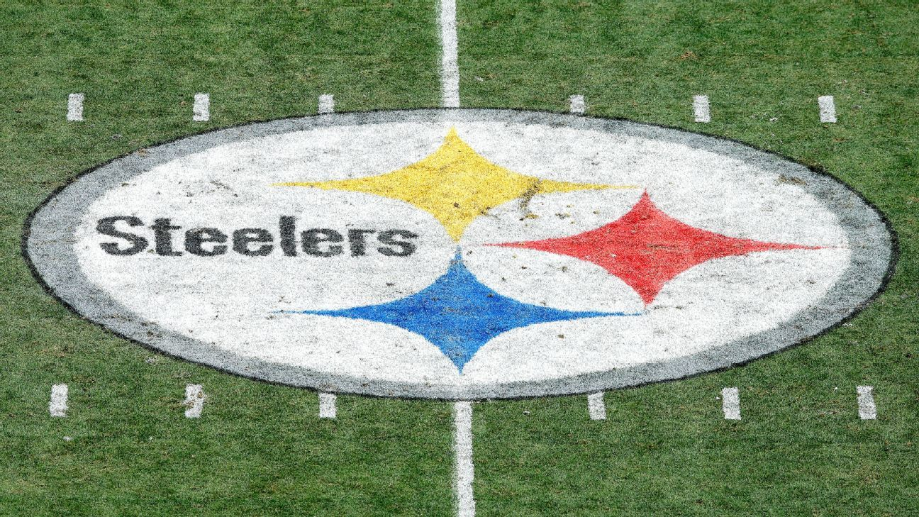 Steelers to stay in locker room during anthem
