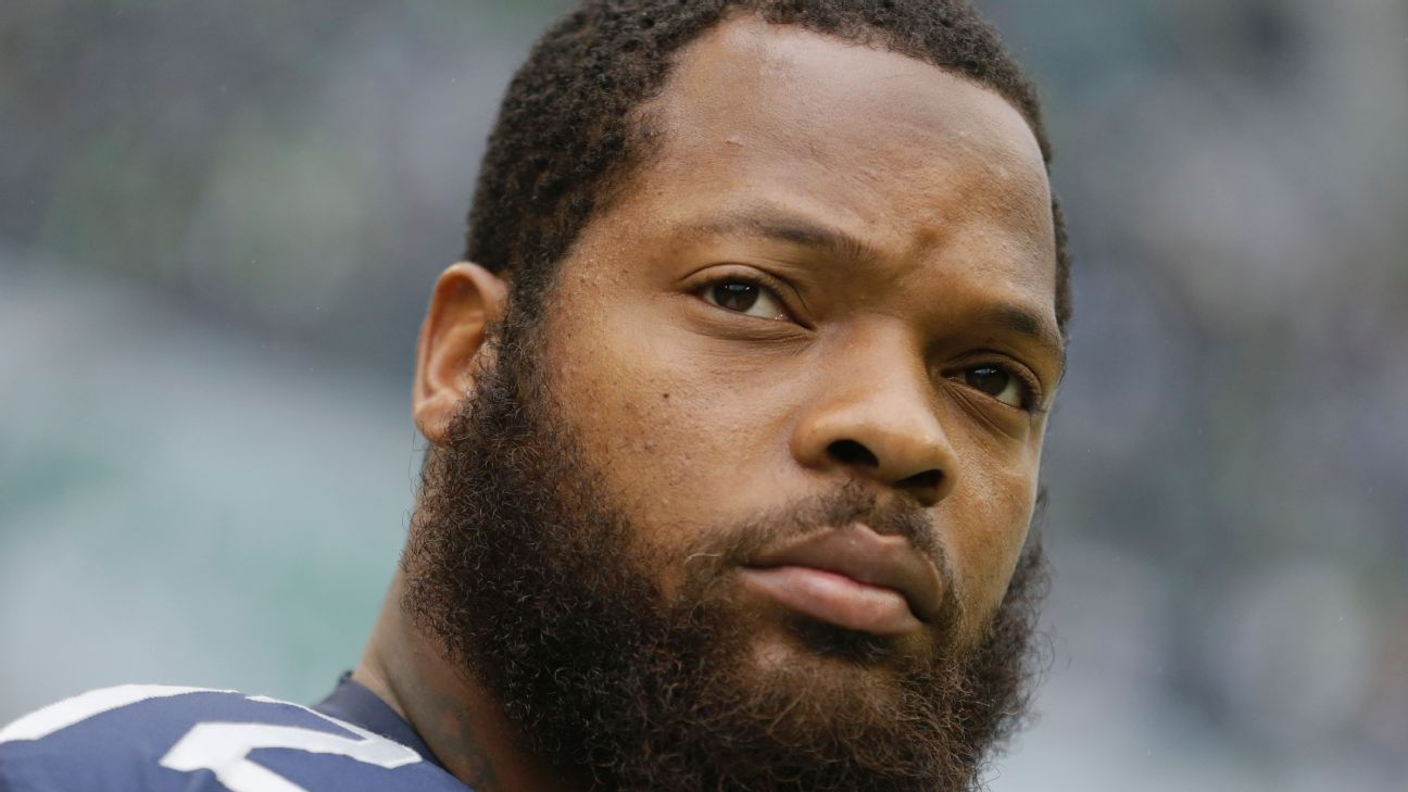 Michael Bennett of Seattle Seahawks to donate endorsement money in 2017