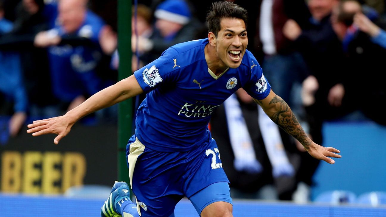 Ulloa leaves Leicester for Liga MX's Pachuca
