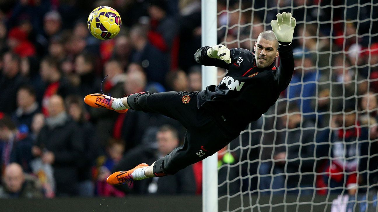 Ex Barcelona keeper Victor Valdes released by Manchester United