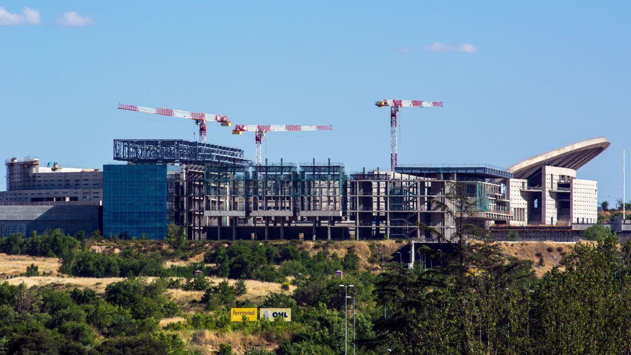Atletico madrid 39 s new stadium to be named 39 wanda for Puerta 3 wanda metropolitano