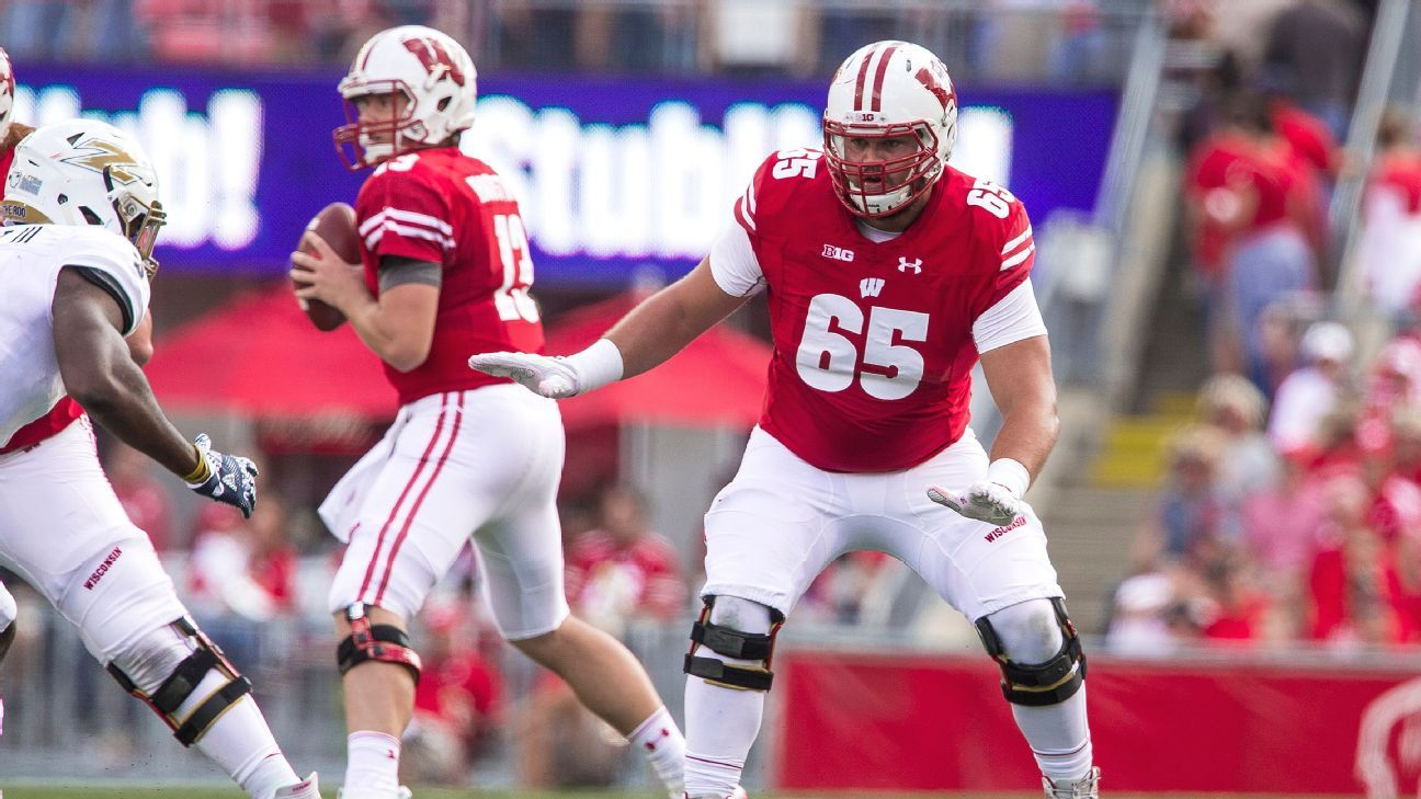 Wisconsin Badgers offensive lineman Ryan Ramczyk entering NFL draft