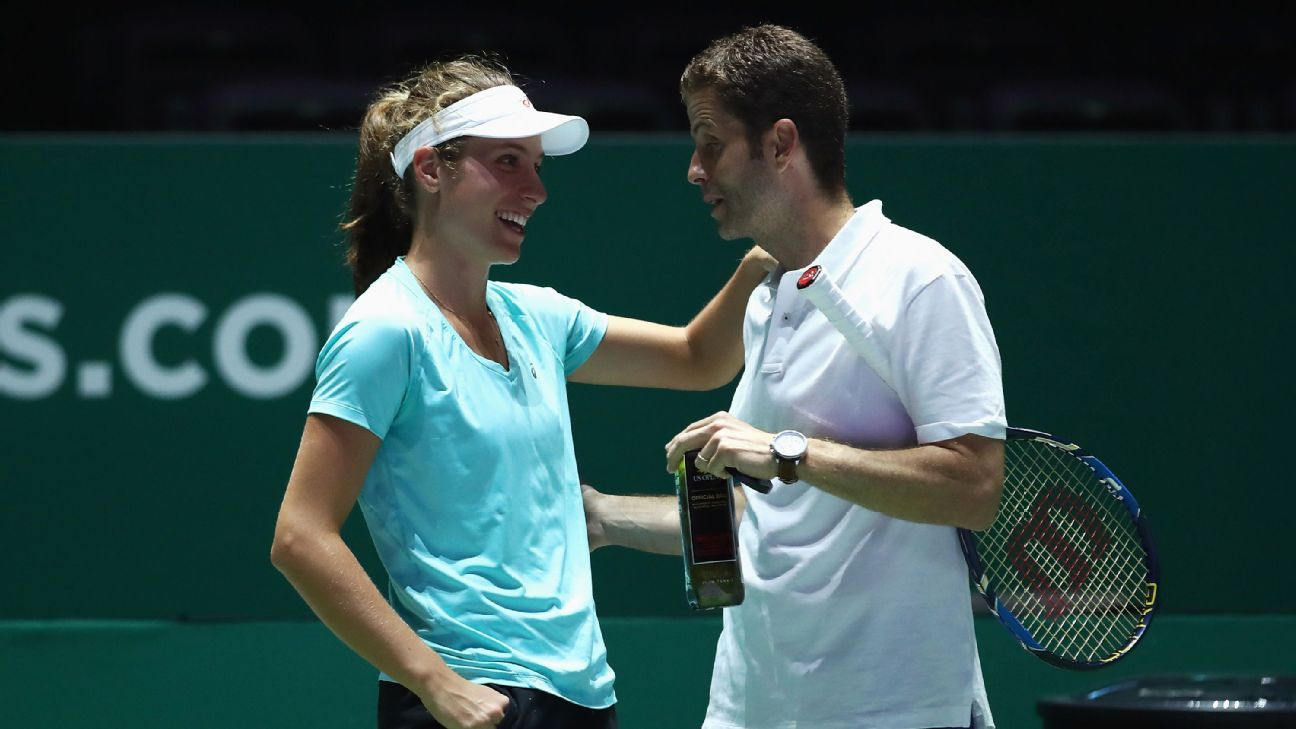 Konta splits from coach after career-best year