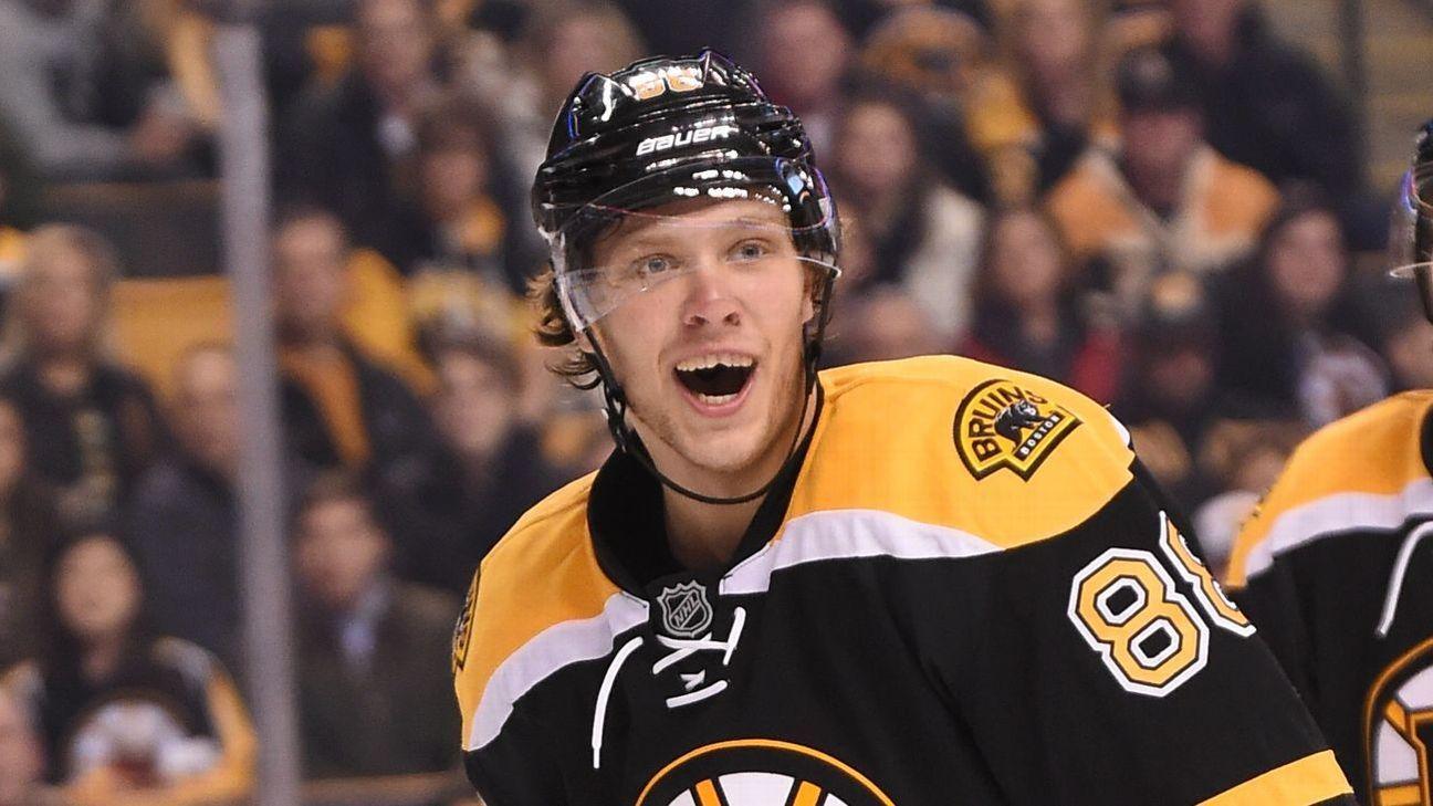 NHL -- Boston Bruins' David Pastrnak is letting his big ...
