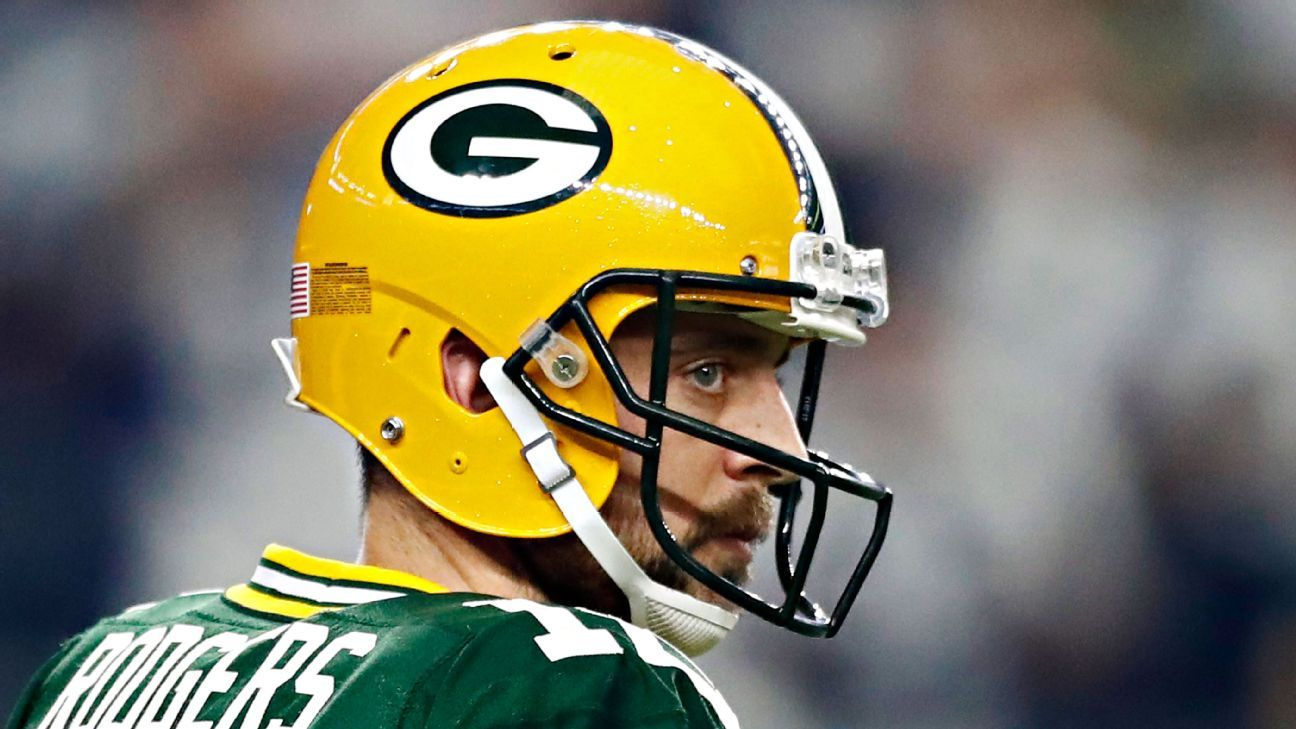 NFC North Q&A: How much longer can Aaron Rodgers keep playing at his current level?