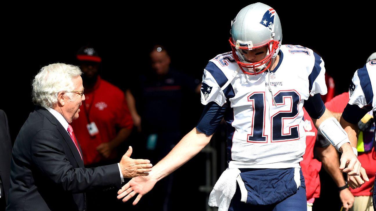 Robert Kraft says Tom Brady will attend mandatory minicamp