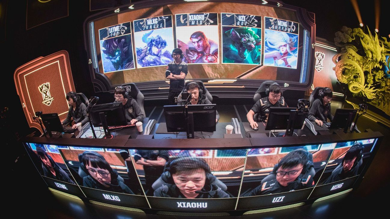 League Of Legends World Championship Royal Never Give Up S Stellar Week 1 Centered On The Mid Lane