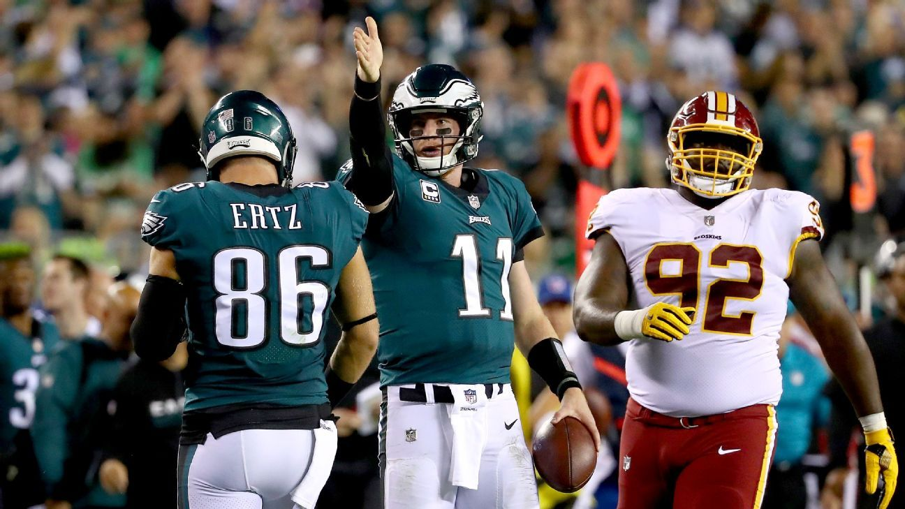 Rising star: Carson Wentz, Eagles take control of NFC race