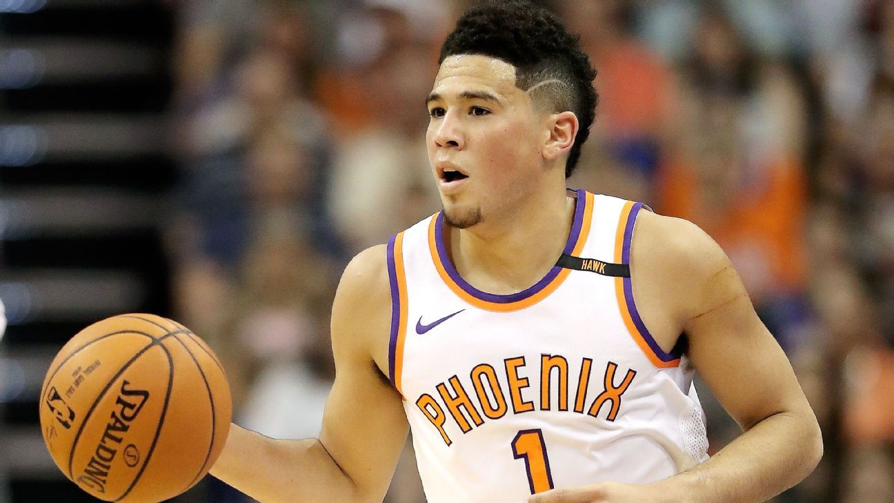 i?img=%2Fphoto%2F2017%2F1111%2Fr287406 1296x729 16%2D9 - Trending tales: LeBron James, Lonzo Ball, Devin Booker and more