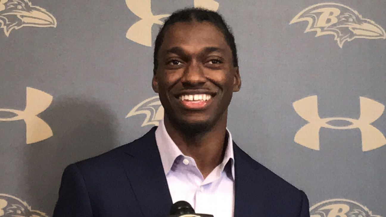 Robert Griffin III a 'smarter player' after studying game during year off