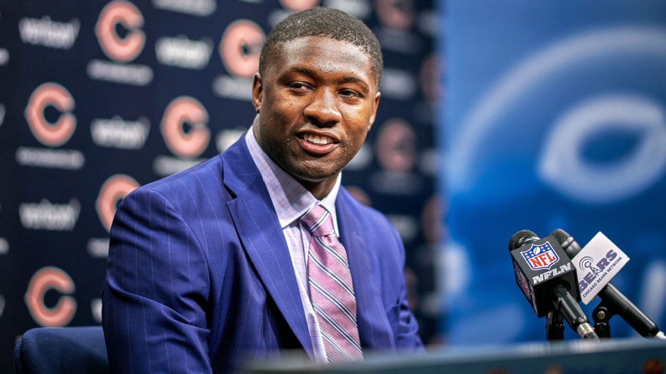Bears rookie linebacker Roquan Smith, who had a number of items taken from his vehicle Saturday, said that most of the items have been recovered. The police said a suspect has been identified and warrants are