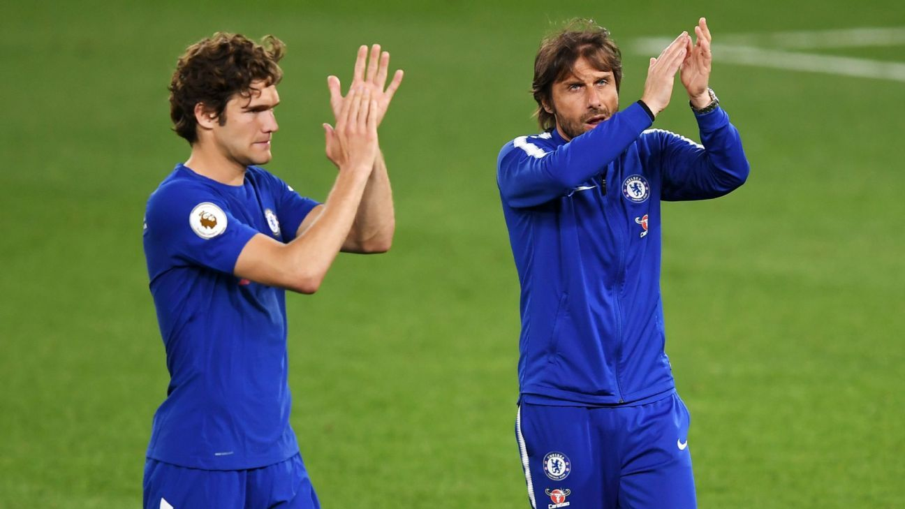 Conte: Chelsea 'must change many players'