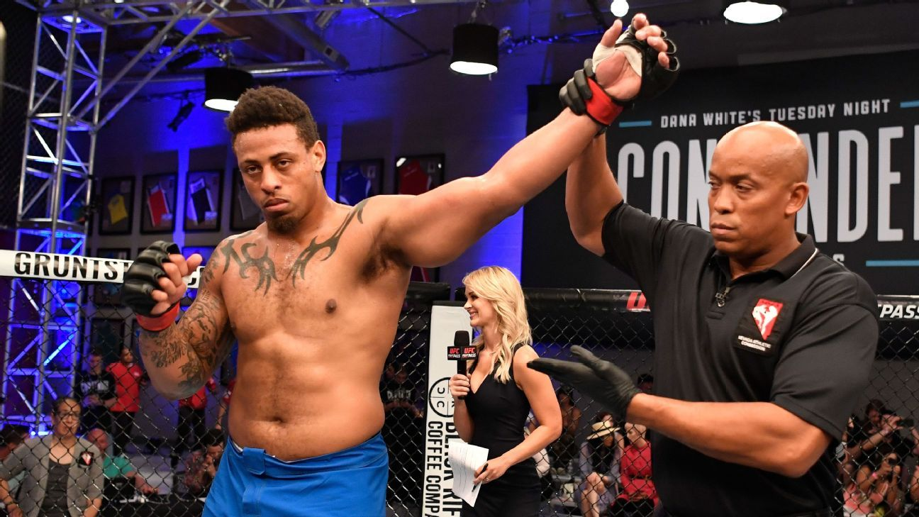 Greg Hardy gets UFC deal after knocking out Austen Lane to win in professional MMA debut