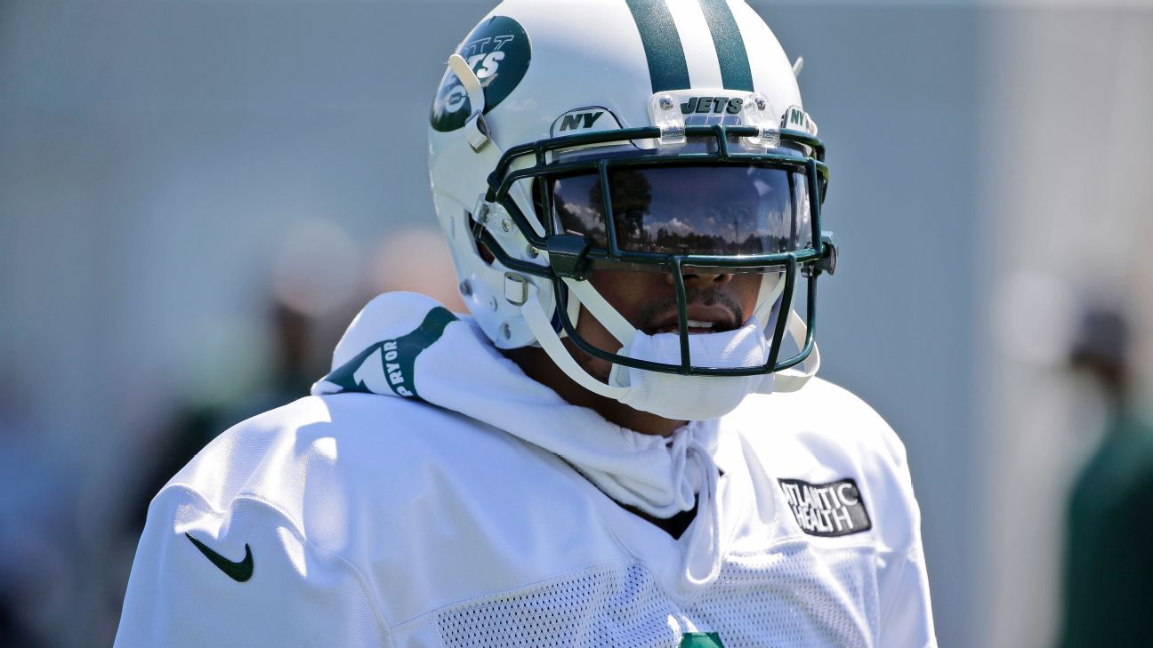 Jets coach Todd Bowles, who rarely criticizes players publicly, slammed wide receiver Terrelle Pryor on Tuesday for talking to reporters about recent injuries.