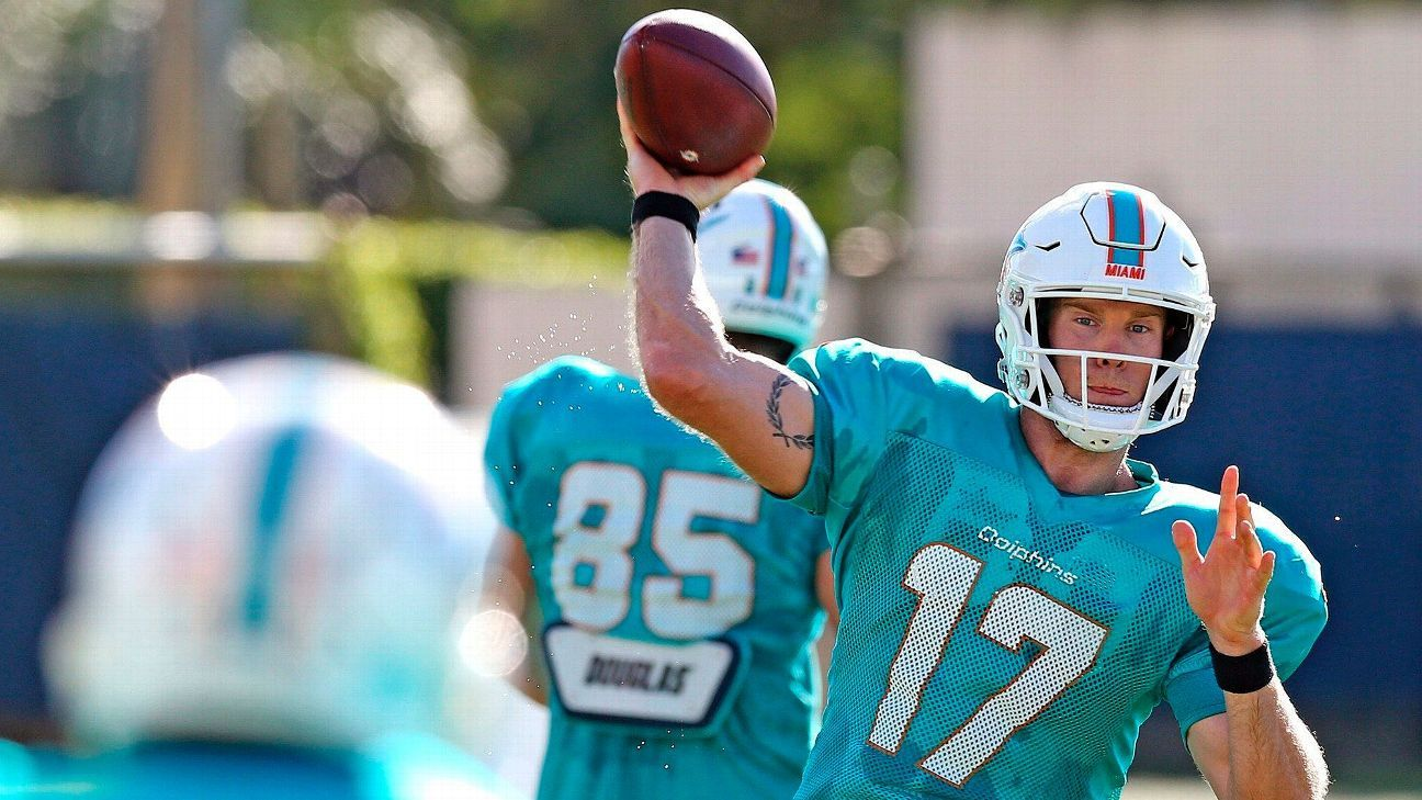 Dolphins coaches like the leadership they're seeing from Tannehill, which they believe should make his teammates more accountable.