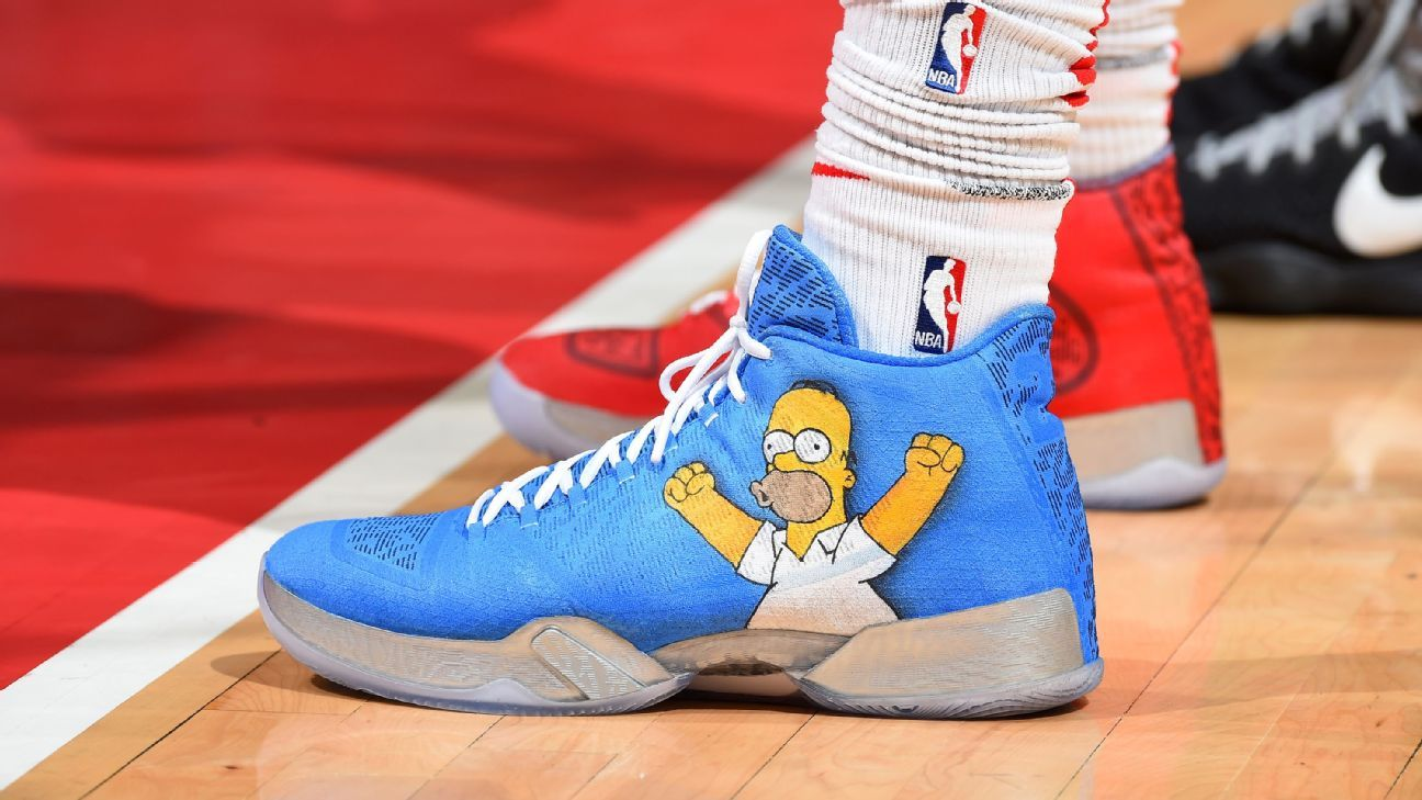 NBA loosens color restrictions on sneakers
