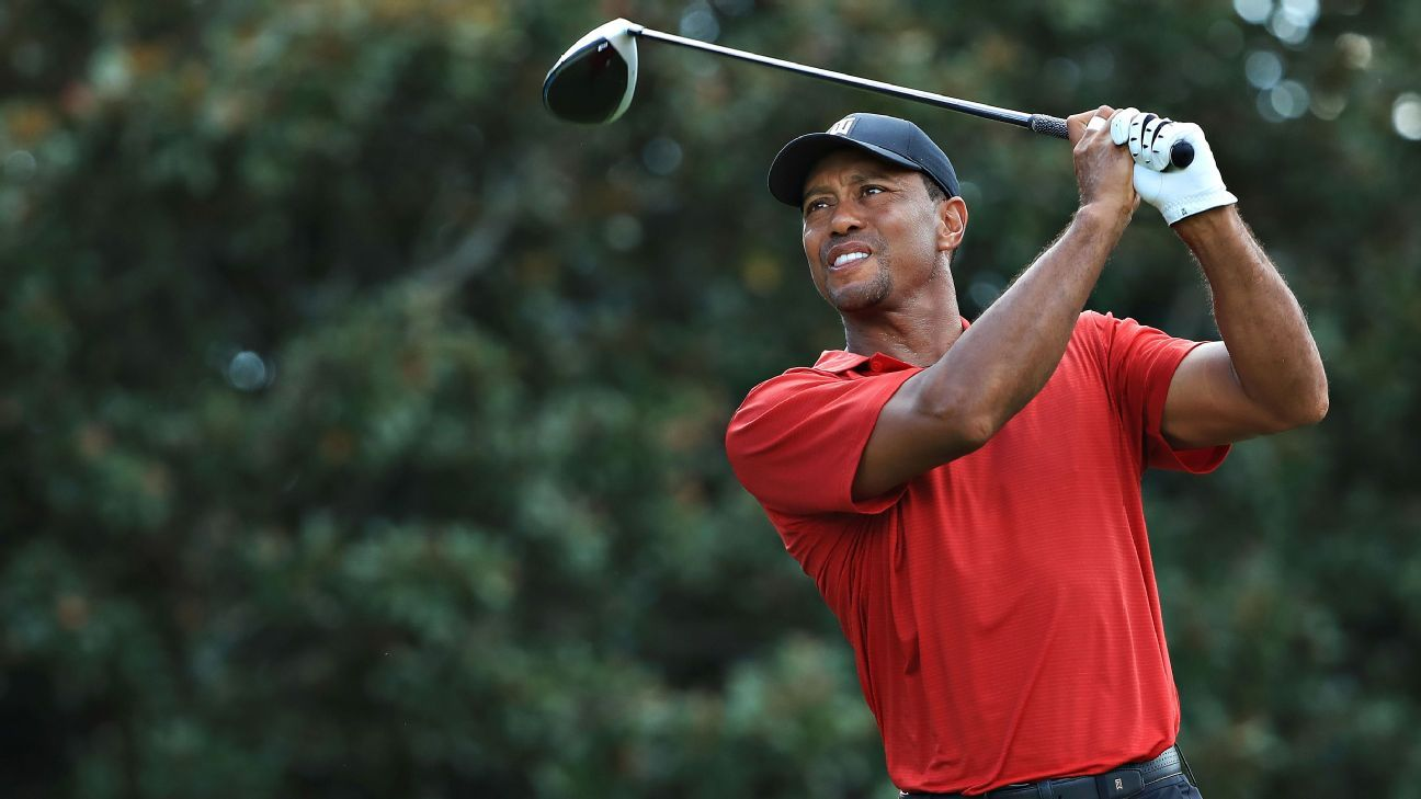 tiger woods wins tour championship  first tour win in 5 year