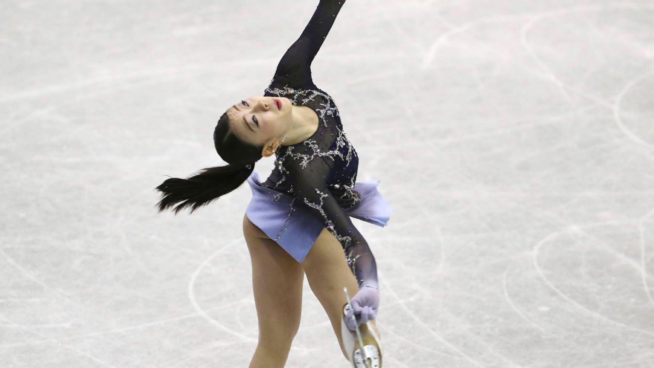 Kihira, 16, wins NHK Trophy in Grand Prix debut