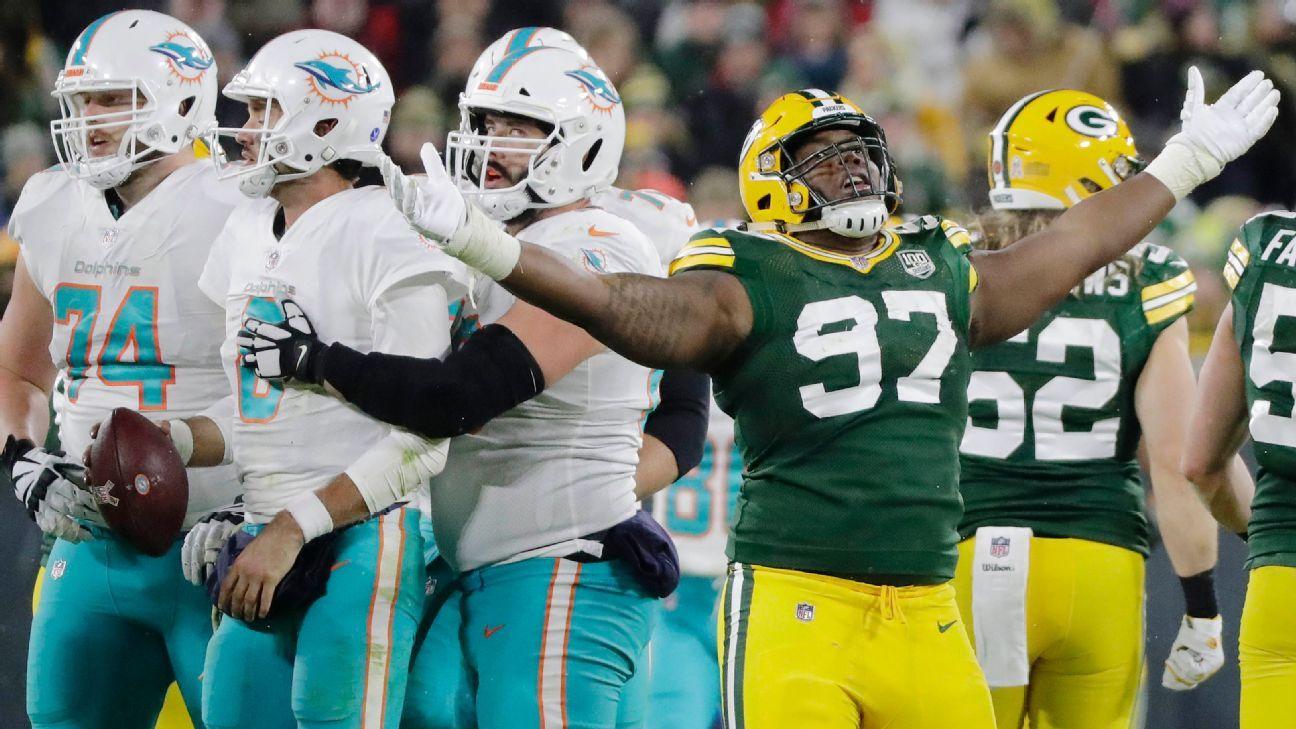 Kenny Clark's 'sledgehammer' helps Packers to surprising sacks lead