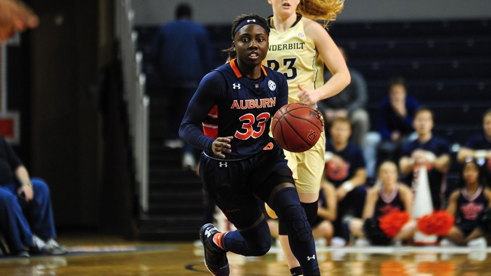 Auburn forces 29 turnovers in win over Vanderbilt