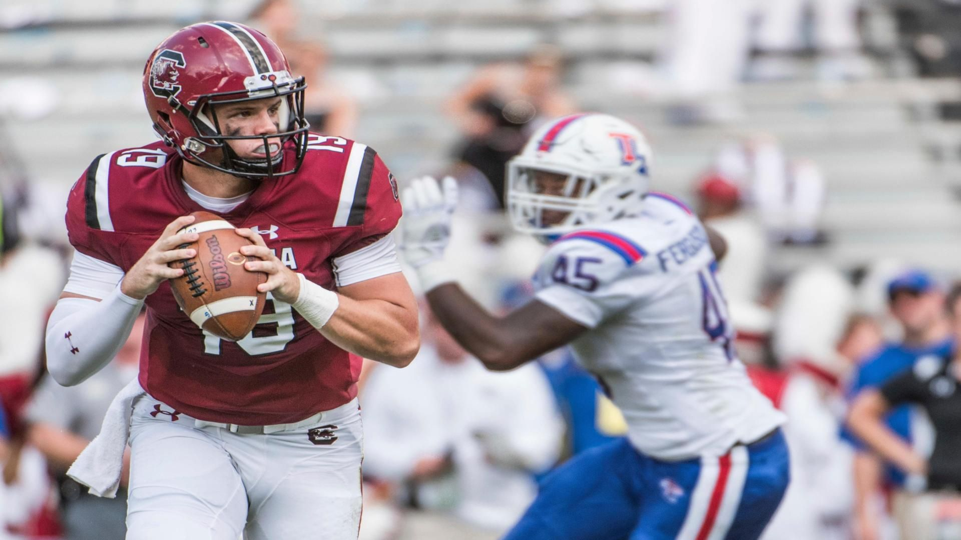 South Carolina wins with late FG vs. LA Tech 17-16