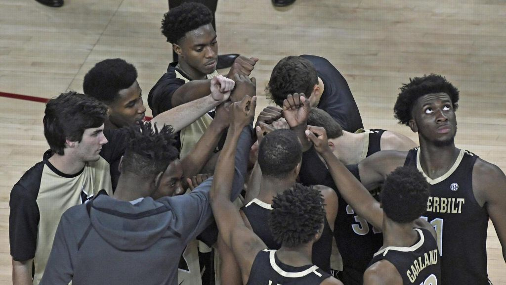 Dores suffer first loss of season