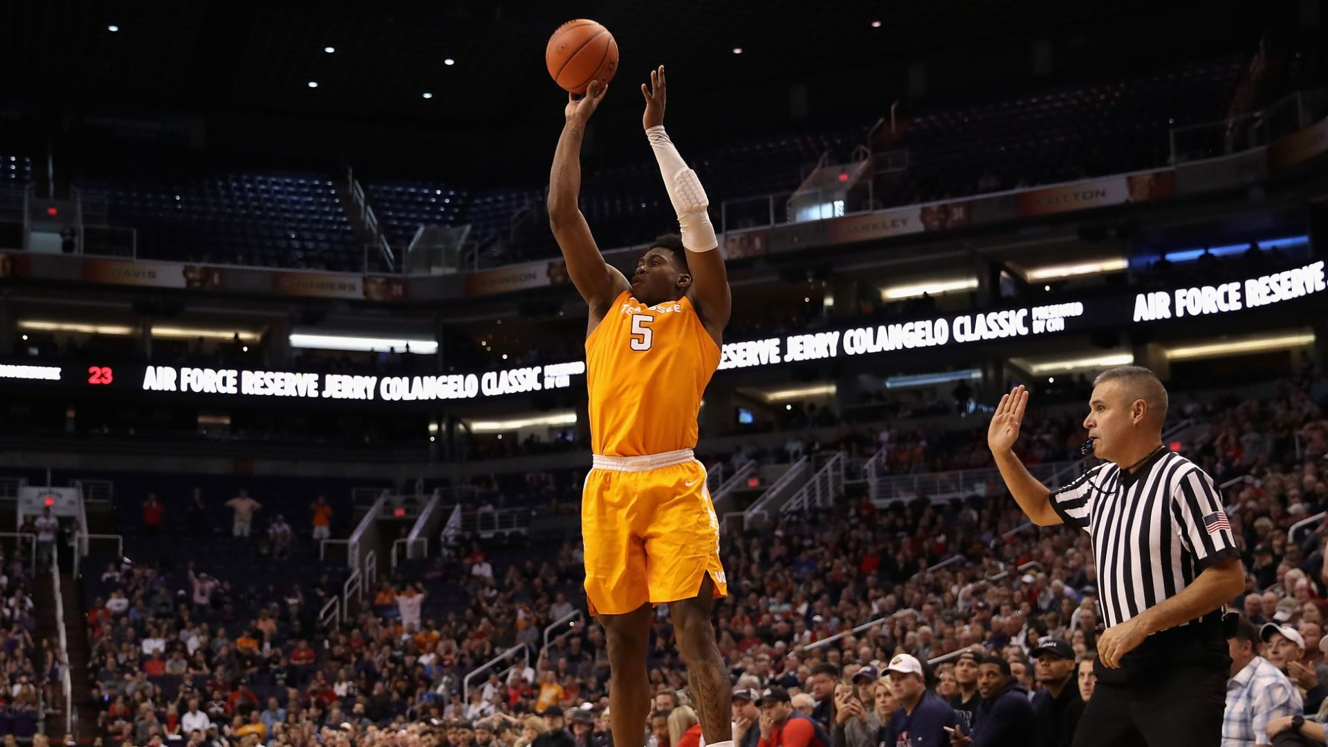 Schofield, No. 7 Tennessee power past No. 1 Gonzaga