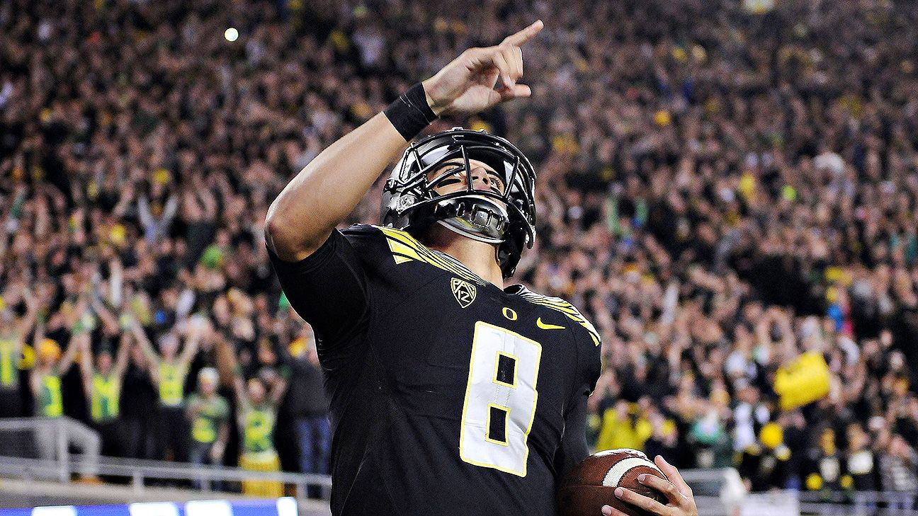 phil steele bowl projections Phil steele has written the phil steele college football preview for 24 years this year's preview is 352 pages, which includes two-page spreads on all 129 teams in the football bowl subdivision .