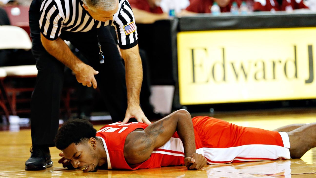 Devon Williams of New Mexico Lobos ends basketball career after collapse