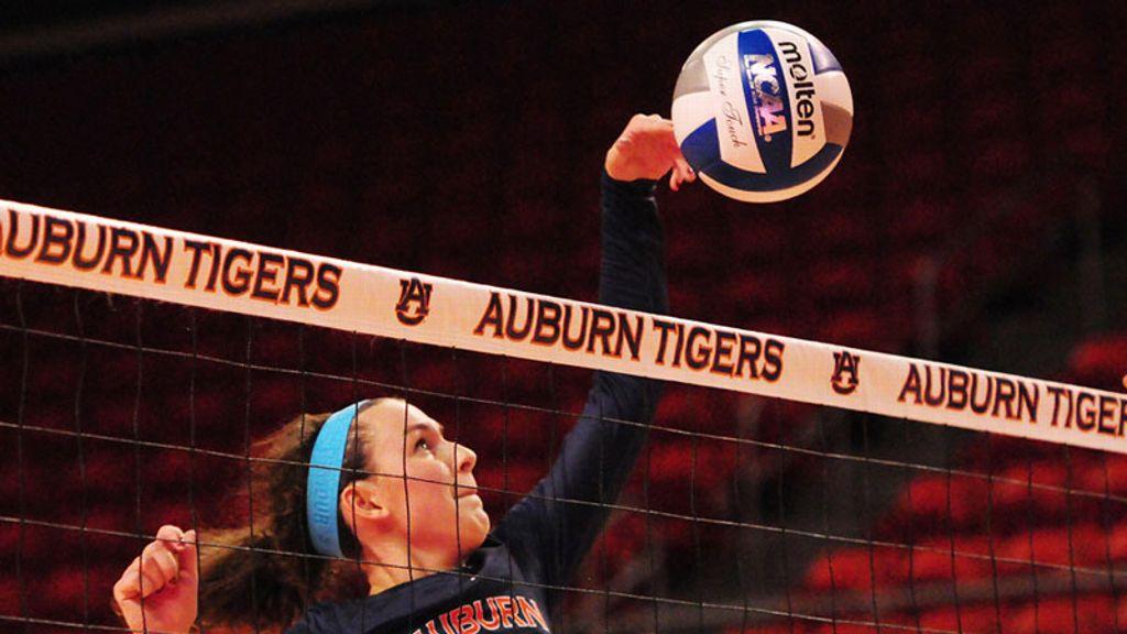 Auburn outlasts Ole Miss 3-2