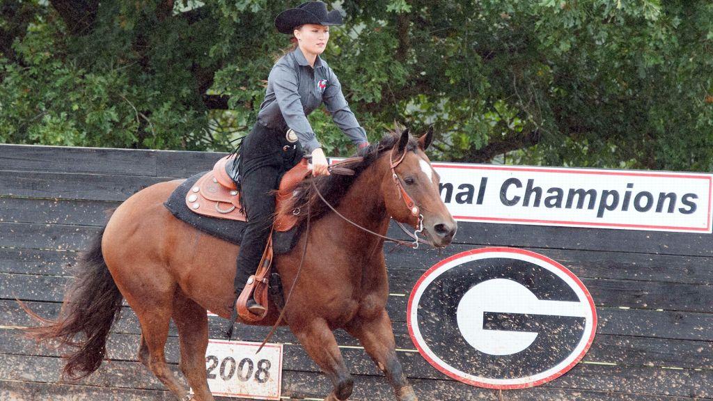 Georgia equestrian defeats SMU for spot in semifinals