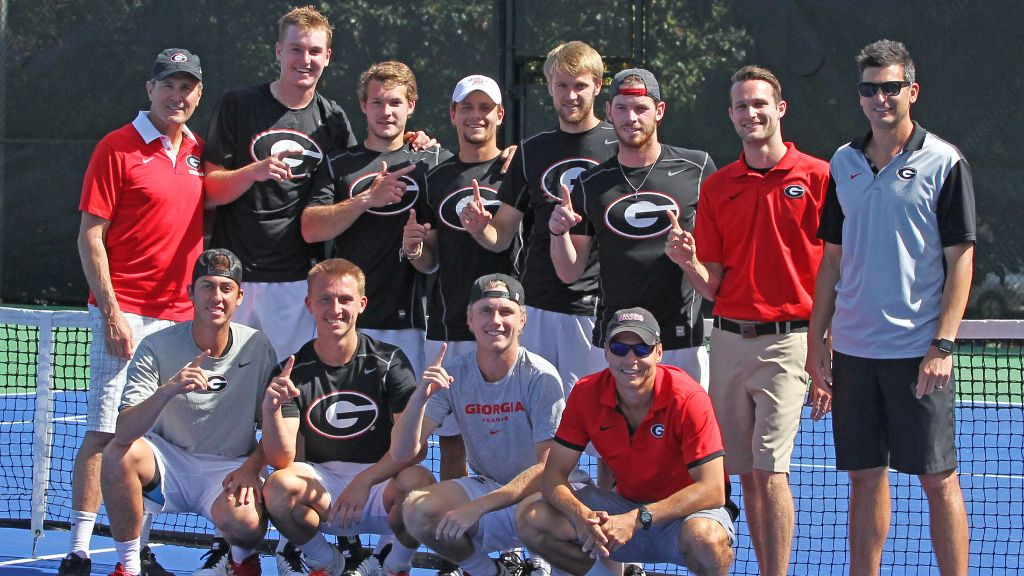 Georgia finishes regular season with perfect SEC record