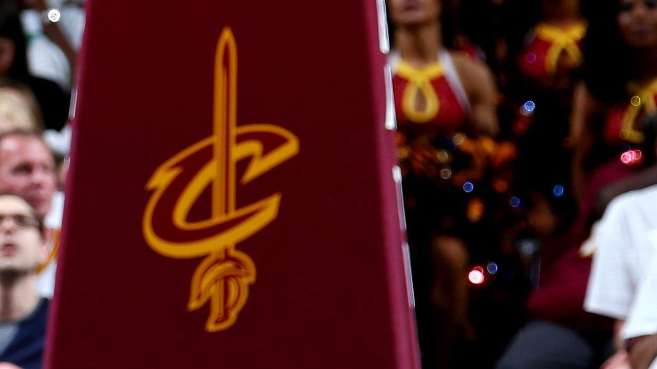 Cleveland Cavaliers Mum On Isaiah Thomas Hip Injury During Introductory News Conference