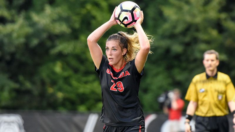 Bulldogs falter on the road at No. 14 Clemson