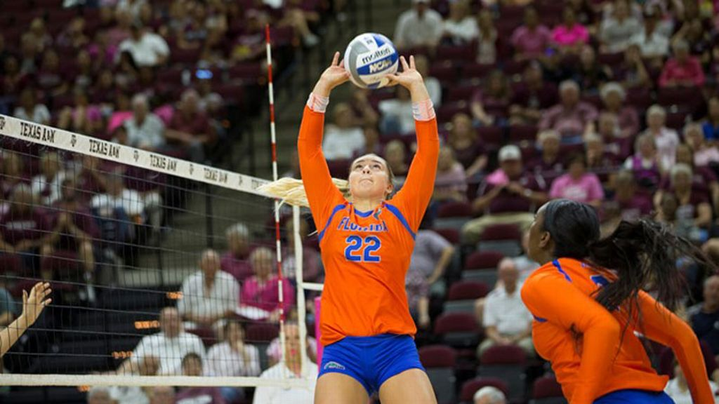 Monserez named Sports Imports/AVCA Player of the Week