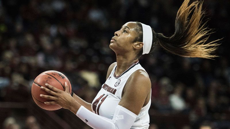 Coates leads No. 5 South Carolina past LSU