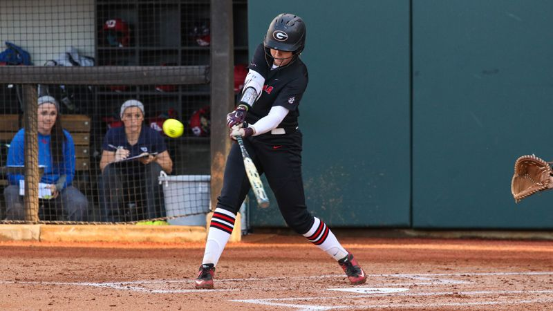 No. 12 Georgia earns two run-rule wins
