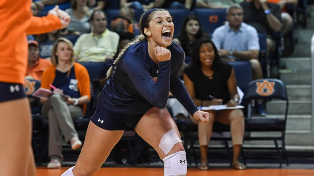Auburn's Earl named to U.S. Collegiate National Team