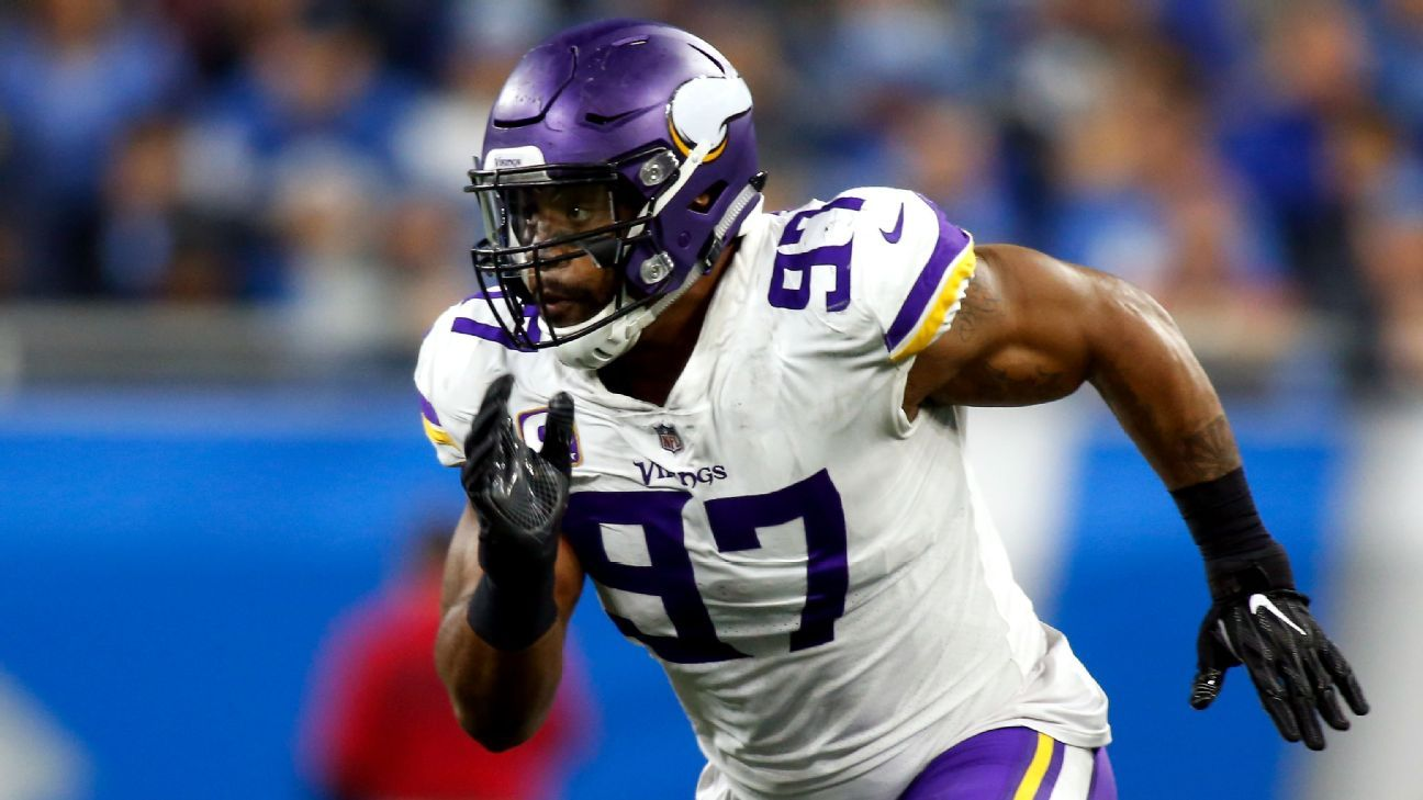 Minnesota Vikings defensive end Everson Griffen battling plantar