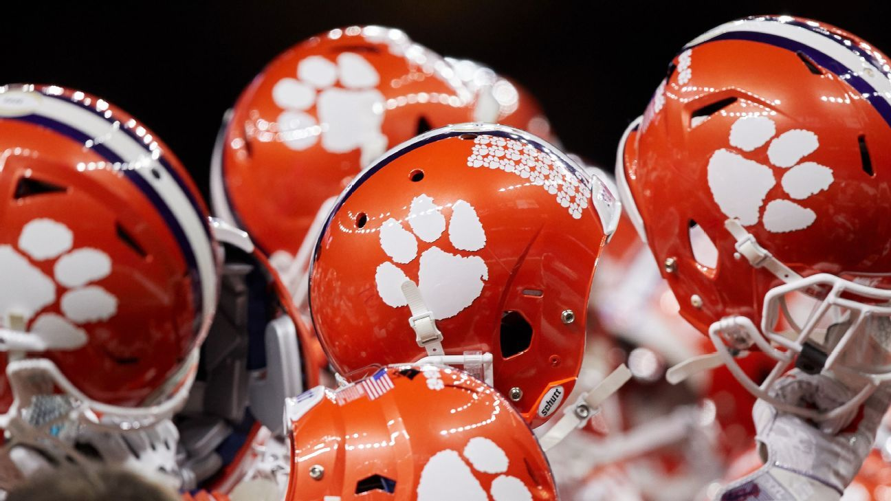 Top 25 College Football Standings >> Clemson Tigers Alabama Crimson Tide top post-signing day Way-Too-Early 2018 Top 25