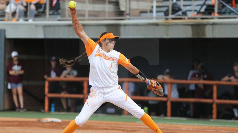 No. 10 Vols take doubleheader vs. Cowboys, River Hawks