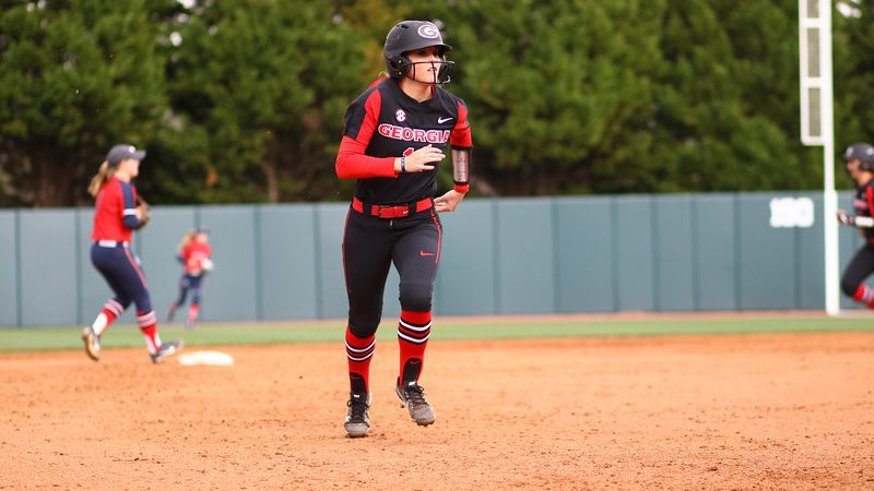 No. 17 Georgia secures wins vs. Samford, Evansville